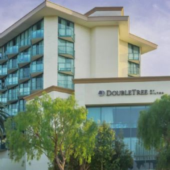 Exterior view of DoubleTree By Hilton San Diego - Hotel Circle