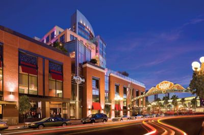 Best Hotels near the Convention Center