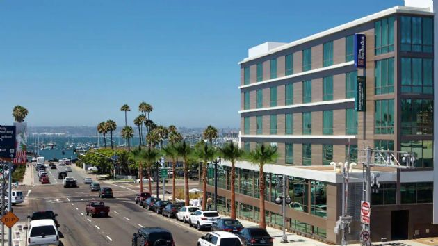 Hilton Garden Inn San Diego Downtown / Bayside