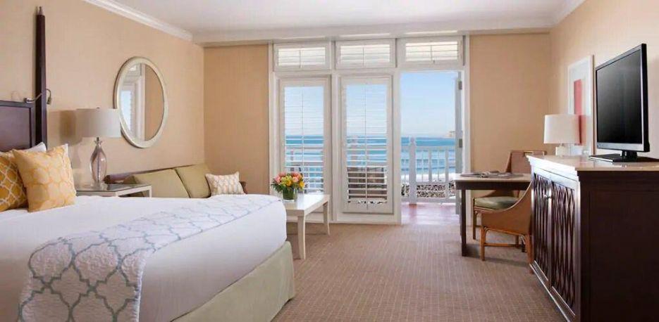 King guest room, Hotel del Coronado, Curio Collection by Hilton