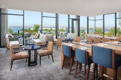 Club lounge, InterContinental San Diego