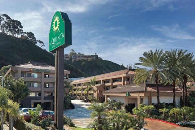 La Quinta Inn & Suites by Wyndham San Diego SeaWorld / Zoo Area