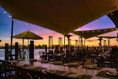 Sunset over Tidal bar lounge area, Paradise Point Resort & Spa